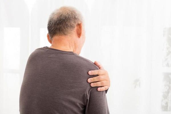 علائم و نشانههای آرتروز شانه